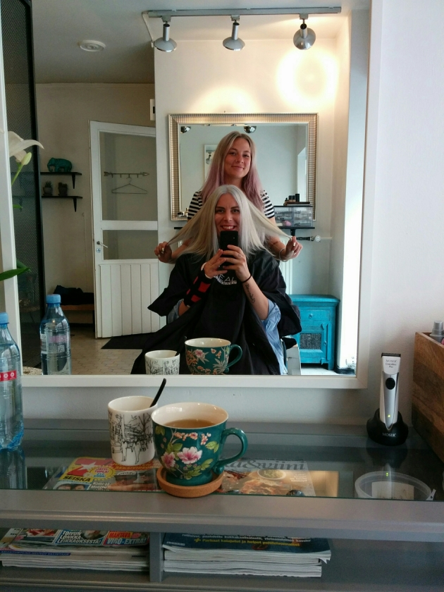 So many changes needed a change of looks too! Here's my beautiful hairdresser Annika Tukiainen at her salon Beauty By Valo